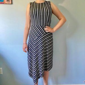 Banana Republic Sleeveless Dress - Small